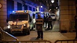 Barricadas y lanzamiento de objetos a los Mossos en Barcelona en el cuarto día de protestas por