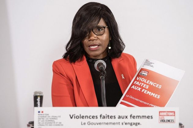 Les horaires du 3919 pour les femmes victimes de violences conjugales seront élargis