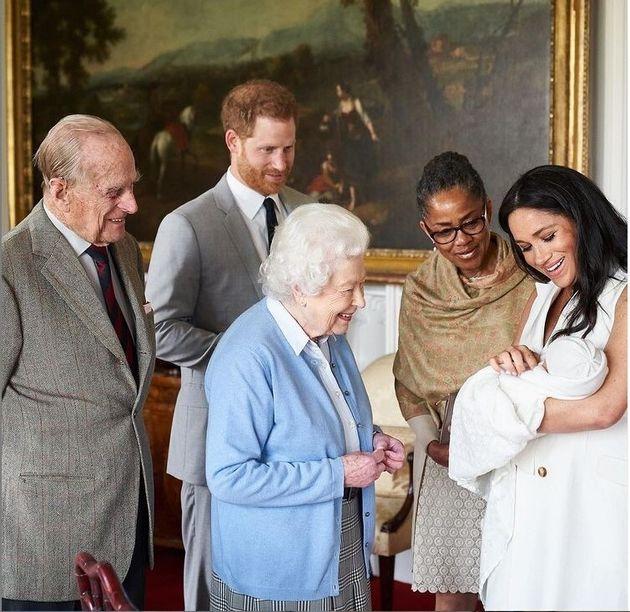 Ο Χάρι κι η Μέγκαν σε παλιότερες ευτυχισμένες οικογενειακές στιγμές με την