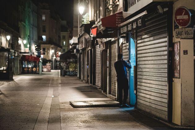 Le desserrement des mesures de restriction et du couvre-feu s'éloigne (photo d'illustration prise...
