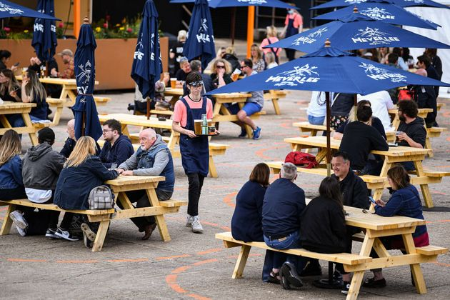 Pubs may reopen outdoors