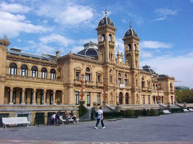 Edificio del Ayuntamiento de San Sebastián / Donostiako