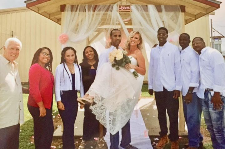 McKinley and Angelique Phipps married in 2018 inside Elayn Hunt Correctional Center. They met in 2014 through family.