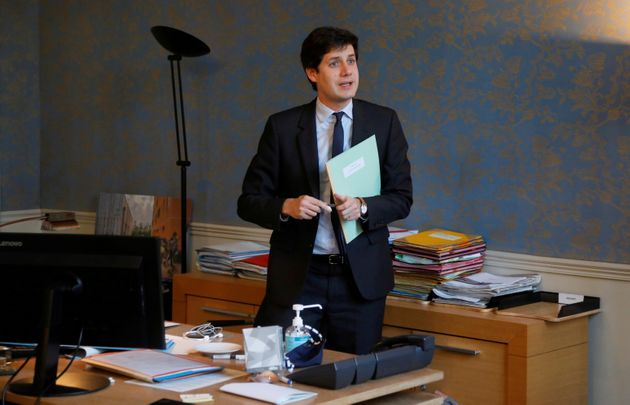 Julien Denormandie, ici photographié le 1er décembre dernier au ministère de l'Agriculture, assure qu'il...