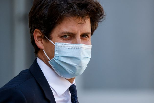 Julien Denormanie photographié en sortie du Conseil des ministres (illustration)
