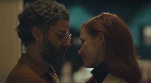 «Σκηνές από έναν γάμο»: Όσκαρ Άιζακ, Τζέσικα Τσαστέιν μεταξύ αγάπης και σύγκρουσης στο