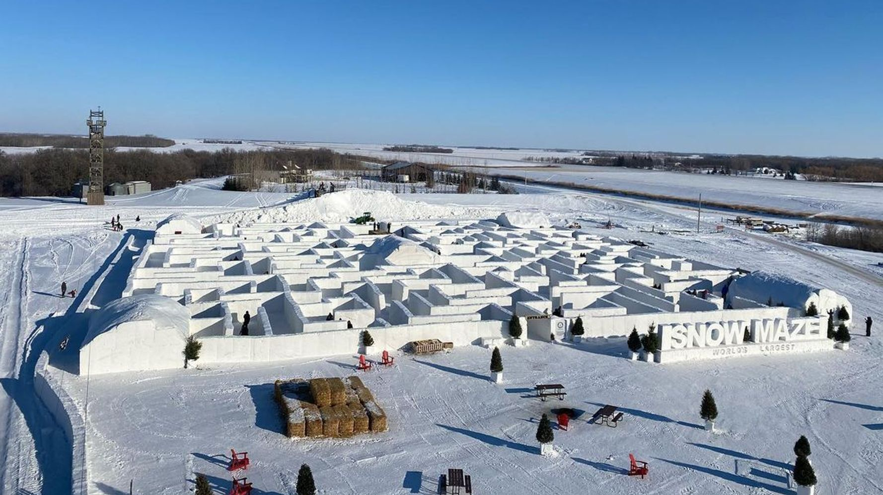 What A Joy It Would Be To Stroll In This Canadian Snow Maze Right Now