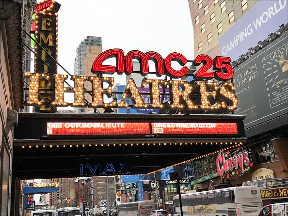 Νέα Υόρκη: Τα σινεμά ανοίγουν μετά από ένα χρόνο - Το θέμα είναι να επιστρέψουν οι