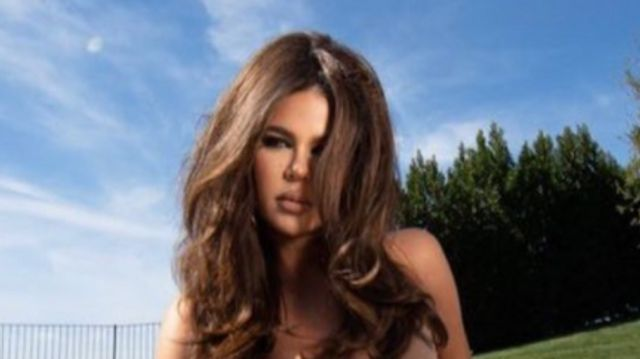 Khloe K Says 'Freakishly Long Fingers' In New Pics Aren't A 'Photoshop Fail'.jpg