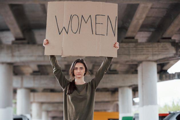 Contro la violenza, un corteo di uomini. Ma servono anche le