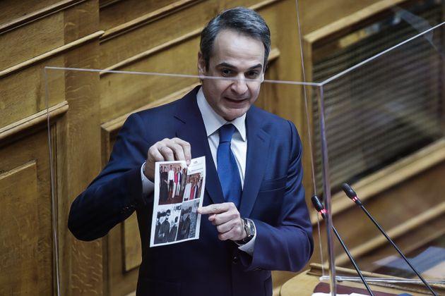 Ο πρωθυπουργός κατά τη σημερινή συζήτηση στη Βουλή.