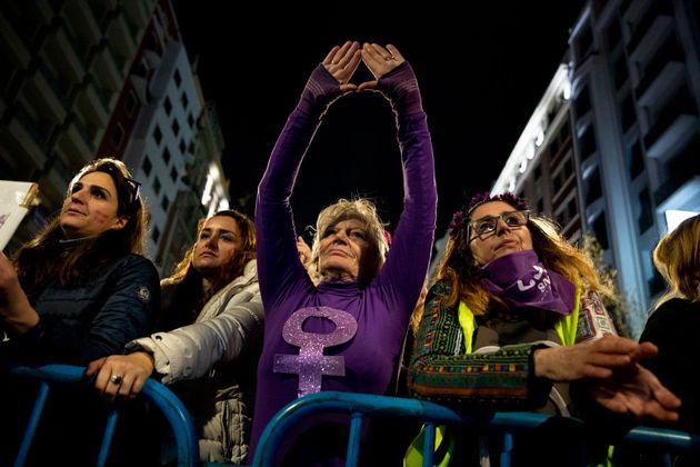 Varias de las asistentes a la manifestación del 8M en