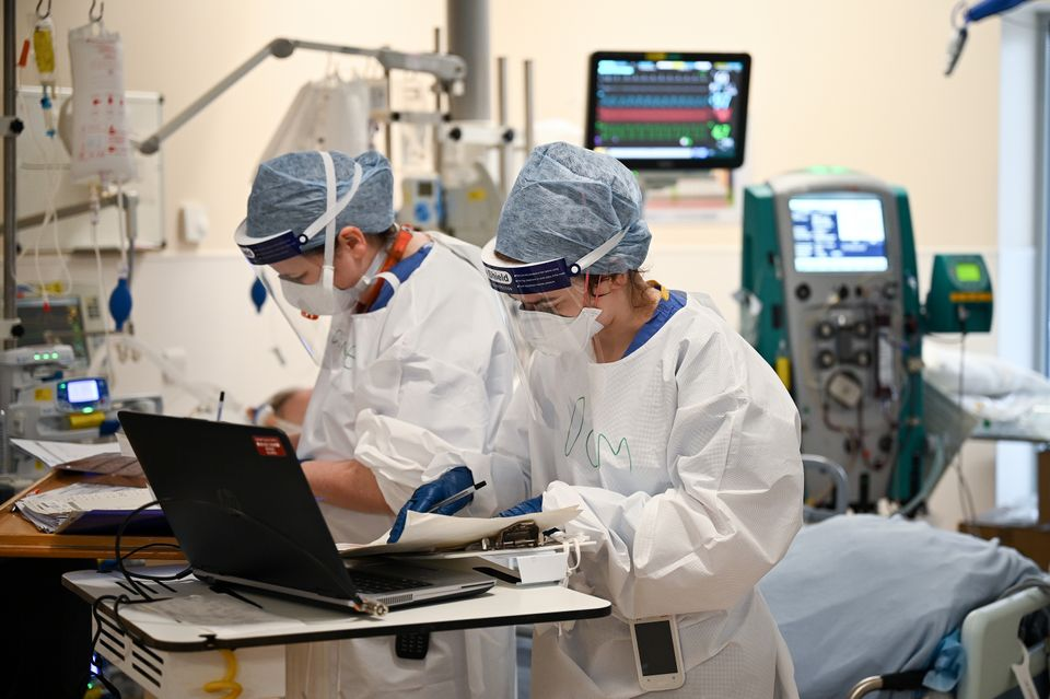 Staff working on a Covid intensive care hospital