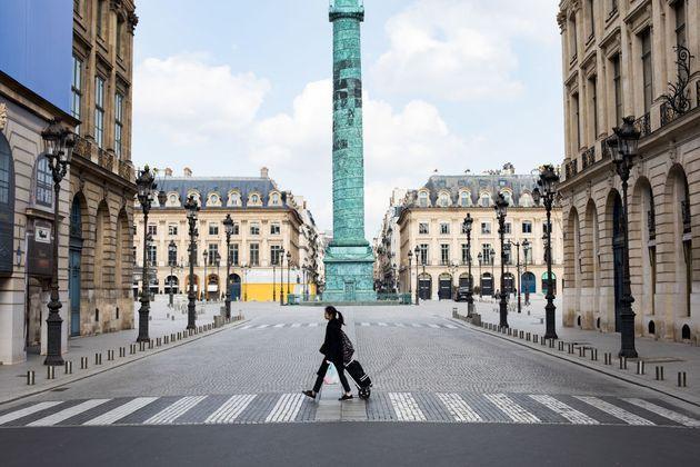 La mairie de Paris calme le jeu après une pluie de critiques sur sa proposition de confinement...