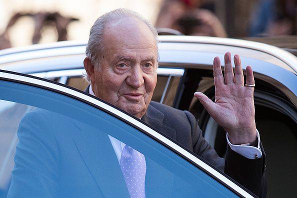 Ο πρώην βασιλιάς της Ισπανίας πλήρωσε 4,4 εκατ. ευρώ σε οφειλόμενους