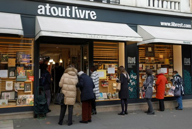 Les librairies ont été ajoutées à la liste des commerces essentiels pouvant...