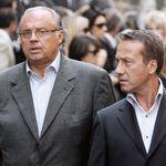 Après les accusations d'inceste, Gérard Louvin et son mari portent plainte pour chantage, une enquête