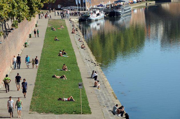 Les berges de la Garonne, à Toulouse (ici le 2 octobre 2011) sont désormais fermées au