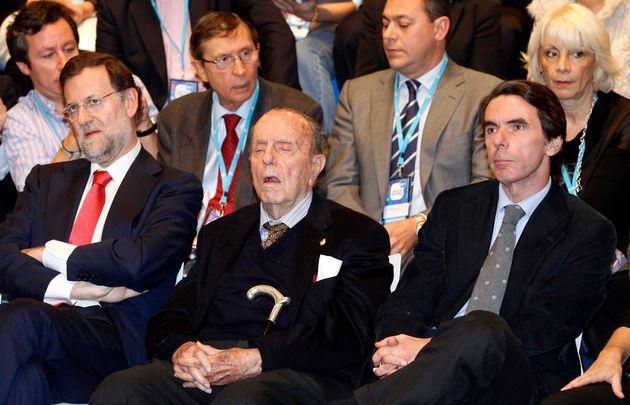 Rajoy, Fraga y Aznar, disfrutando de un acto del