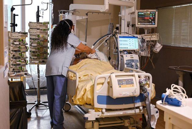 Le nombre de malades du Covid en réanimation au plus haut depuis décembre (photo des urgences de l'hôpital...