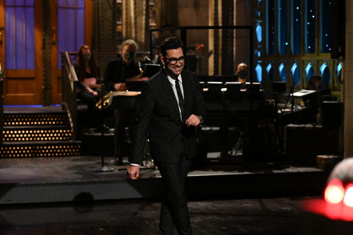 """Actor Dan Levy hosted a Feb. 6 episode on """"Saturday Night Live,"""" during which he started a tradition of writing a kind note for the following episode's host."""