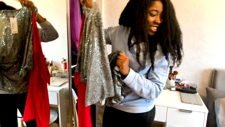 Grace completing the wardrobe challenge