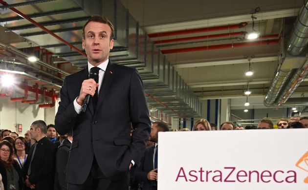 Emmanuel Macron le 20 janvier, lors d'une visite d'une usine produisant le vaccin AstraZeneca à