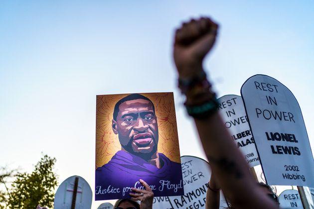 George Floyd, tué à Minneapolis durant son interpellation par des policiers, est devenu le visage de...