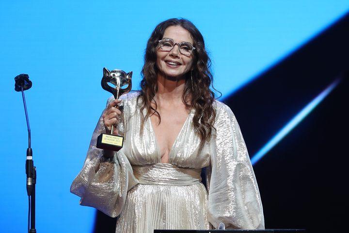 Victoria Abril, al recoger el premio Feroz de honor.
