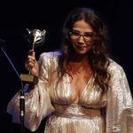 Victoria Abril pide perdón al recoger el premio Feroz: