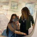 Bella Hadid, injection dans le bras, se confie sur la maladie de