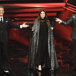 Pausini e Morricone illuminano Sanremo. Ma non bastano a far decollare lo show (di L.