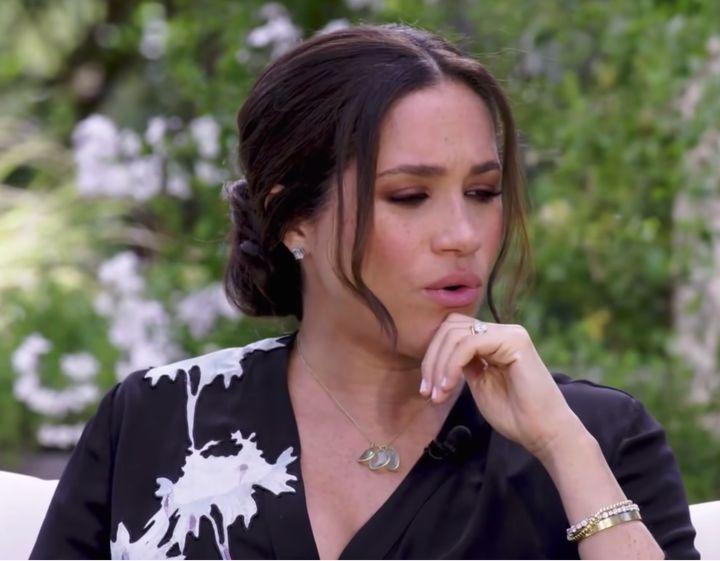 Meghan Markle, con la pulsera de Diana en uno de los avances de CBS.