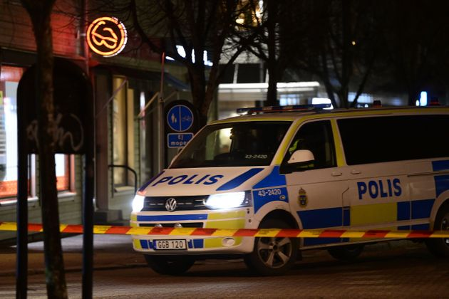 Coche de policía en la zona donde se produjeron los ataques en