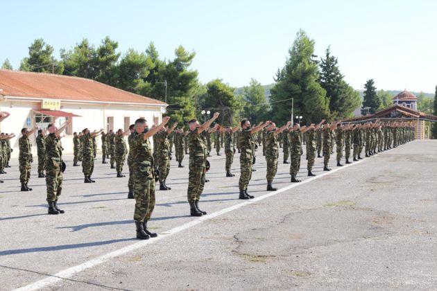 Δημοσιεύτηκε το ΦΕΚ για την αύξηση της στρατιωτικής θητείας στους 12