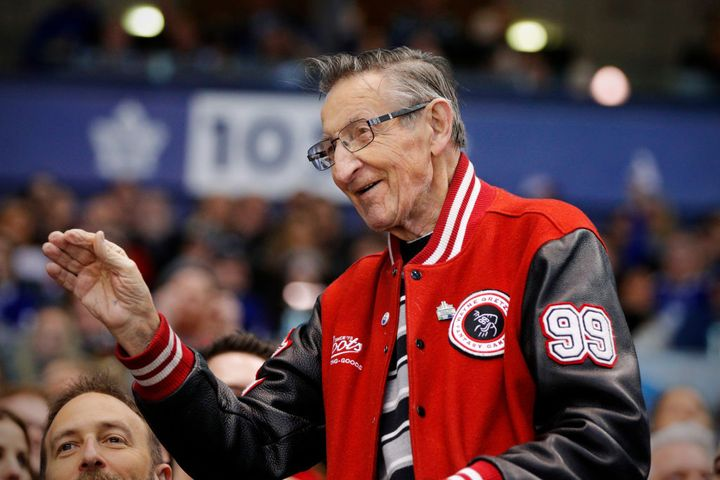 Walter Gretzky waves to fans at Toronto's Air Canada Centre on April 7, 2018.