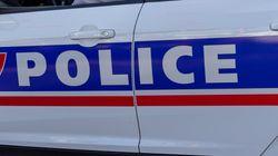À Paris, un policier tue par balles un homme qui l'avait agressé à l'arme