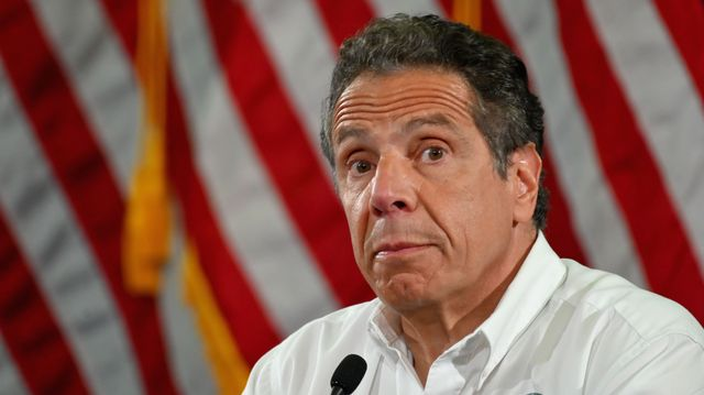 Two More Former Aides Allege Uncomfortable Encounters With Andrew Cuomo.jpg