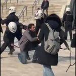 Νέα Σμύρνη: Επεισόδια, προσαγωγές και βία κατά τη διάρκεια ελέγχων για τον