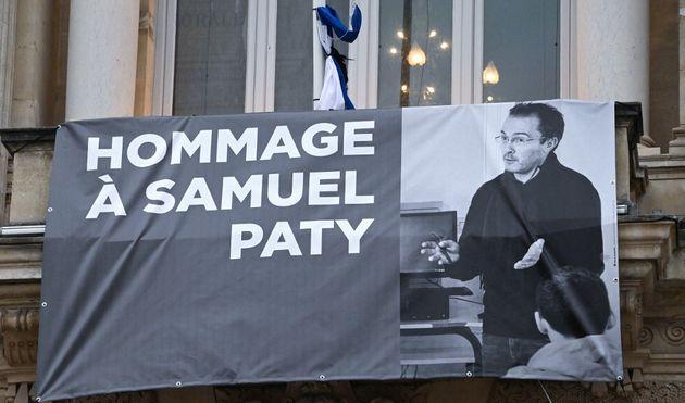 Une banderole hommage à Samuel Paty à Montpellier le 21 octobre