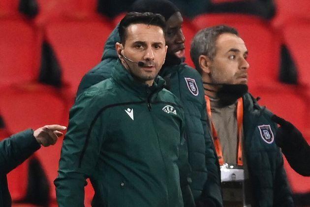 Sebastian Coltescu lors du match PSG-Istanbul Basaksehir le 8 décembre