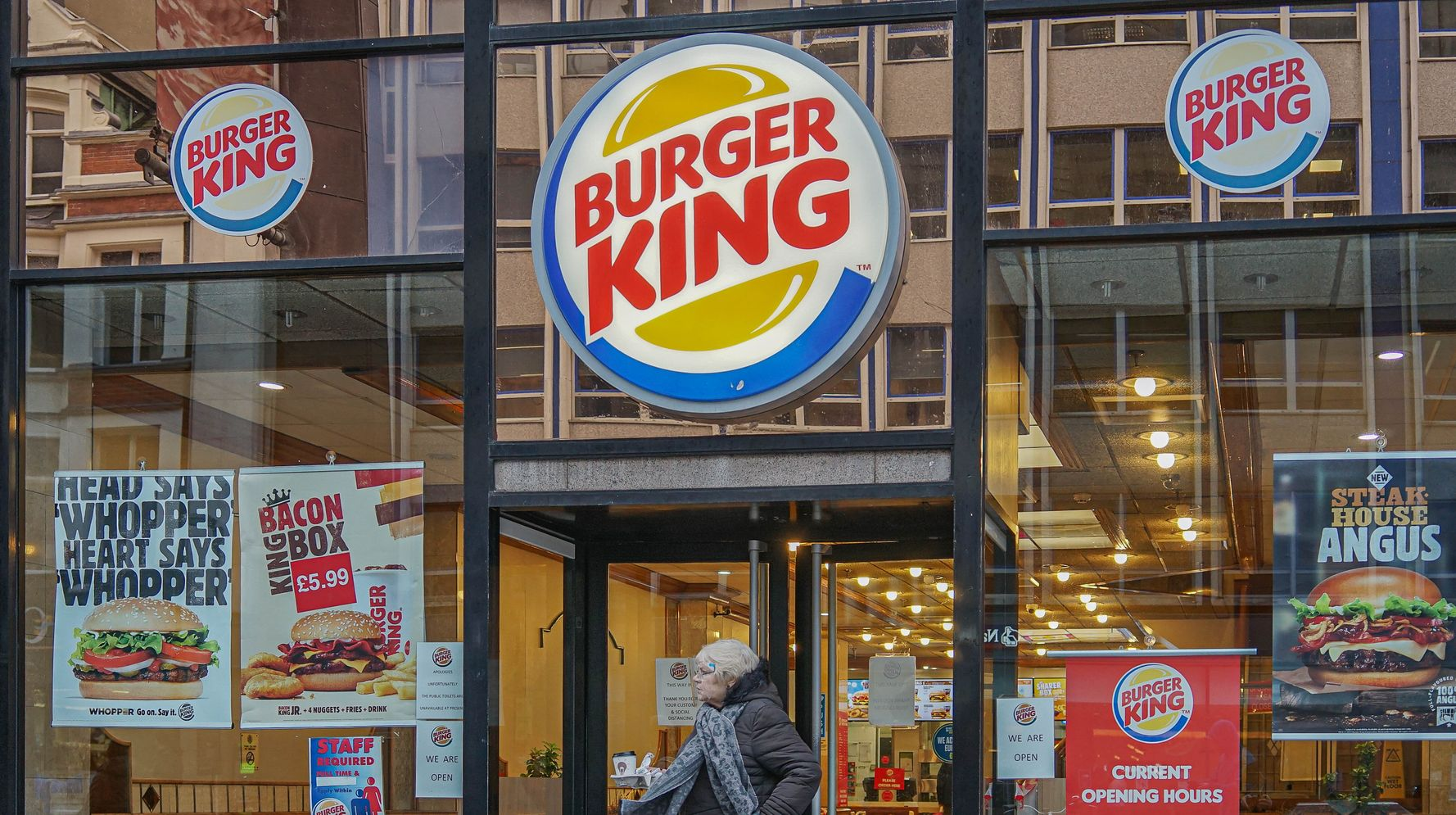 Burger King Apologizes After Uproar Over 'Women Belong In The Kitchen' Tweet