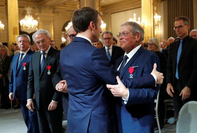 En novembre 2018, Vanik Berberian a été décoré de la Légion d'Honneur par Emmanuel