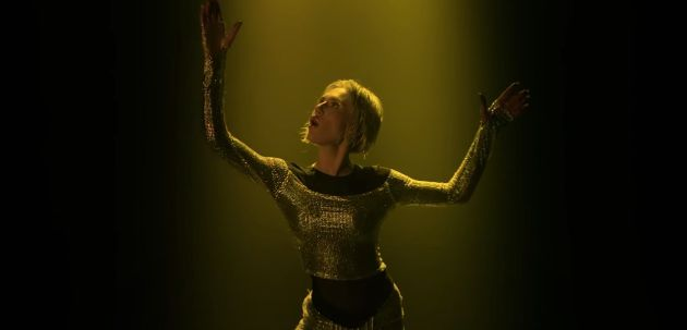 La artista griega Elena Tsagrinou interpreta 'El