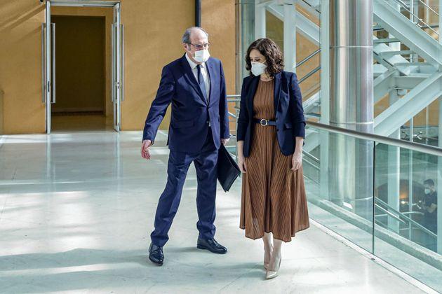 El portavoz del PSOE en la Asamblea de Madrid, Ángel Gabilondo, junto a la presidenta Isabel Díaz