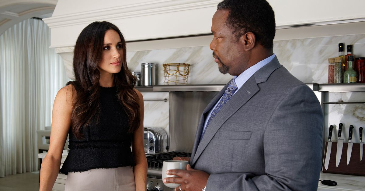Meghan Markle's Suits Co-Star Wendell Pierce Rips Her Interview With Oprah