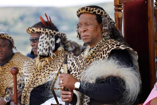 Morto re degli zulu. Mezzo secolo tra