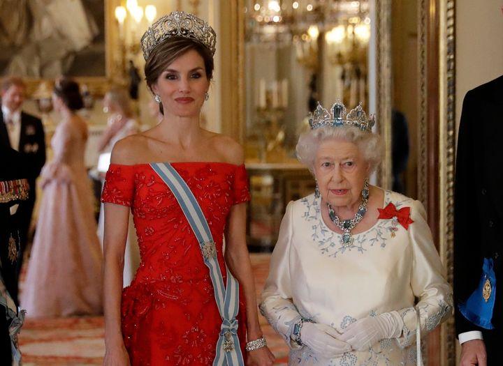 Letizia e Isabel II en Buckingham en 12 de julio de 2017.