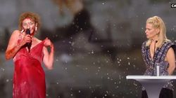 Γυμνή διαμαρτυρήθηκε για τον πολιτισμό στα βραβεία Σεζάρ η Κορίν