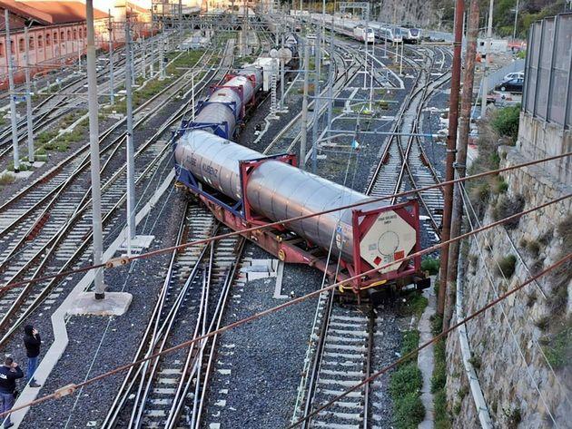 Treno deragliato a Pioltello: in 10 a processo
